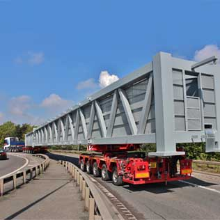 100 Tonne Gantry from Goole to Gatwick